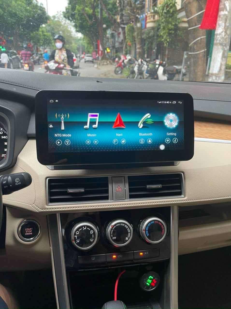 Màn hình DVD android 4G giao diện mercedes